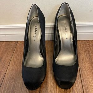 🌸 3/$20 Madden Girl black pumps